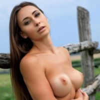 Janna - nature-loving call girl meets hot kisses with tongue in the fauna