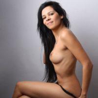 Selena - Erotic model fulfills the bi service for couples if desired